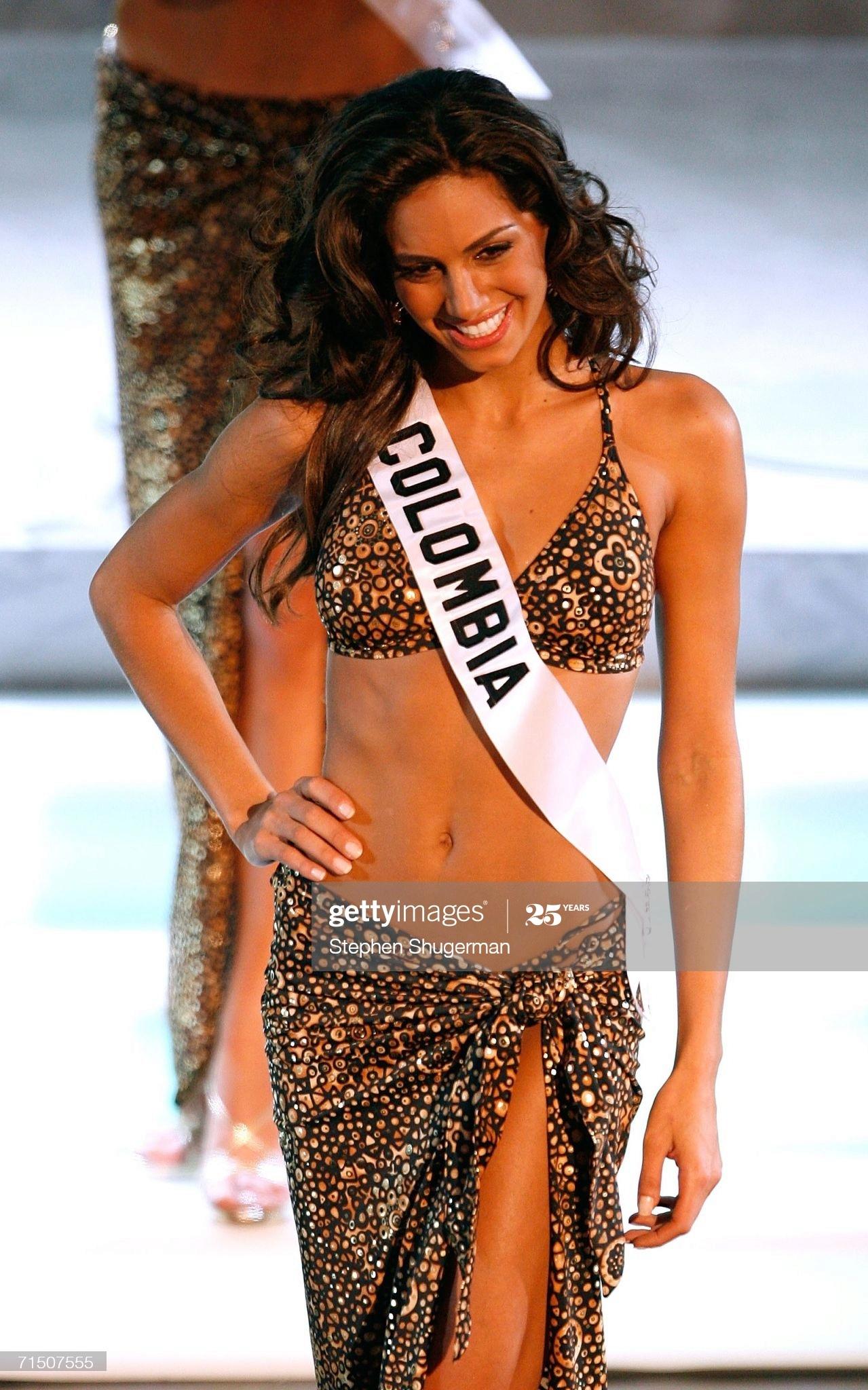 valerie dominguez, top 10 de miss universe 2006. - Página 2 Miss-c20