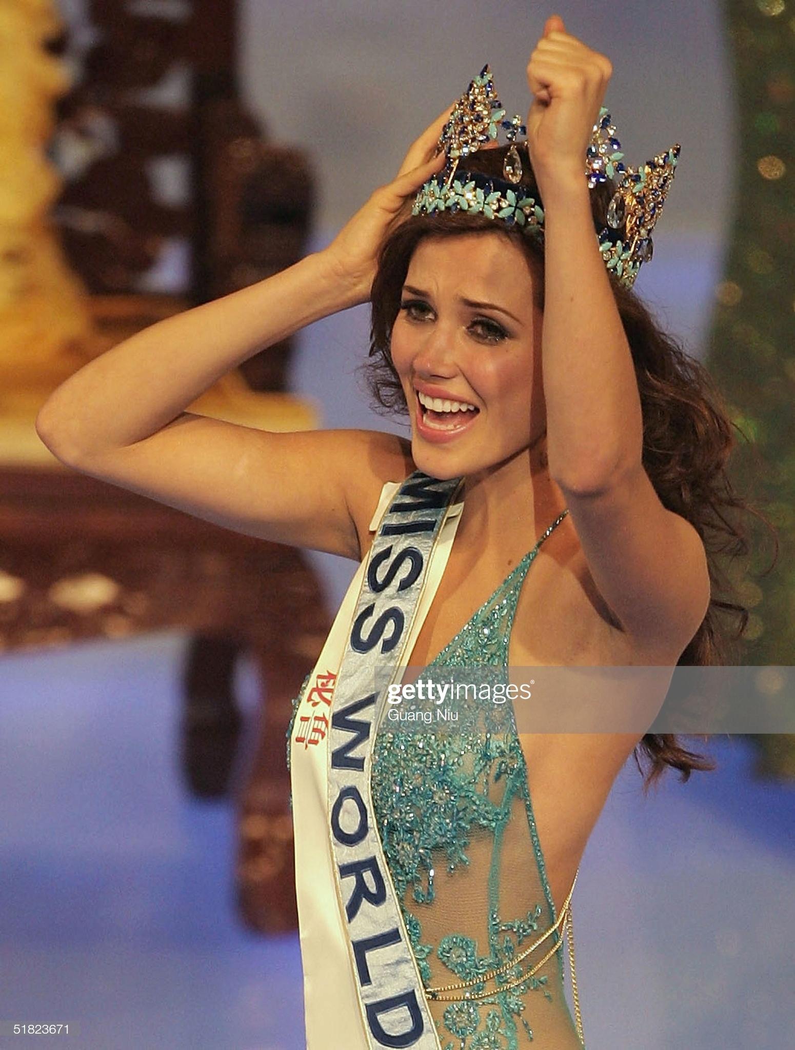 maria julia mantilla garcia (aka maju mantilla), miss world 2004. - Página 11 Miss-p12