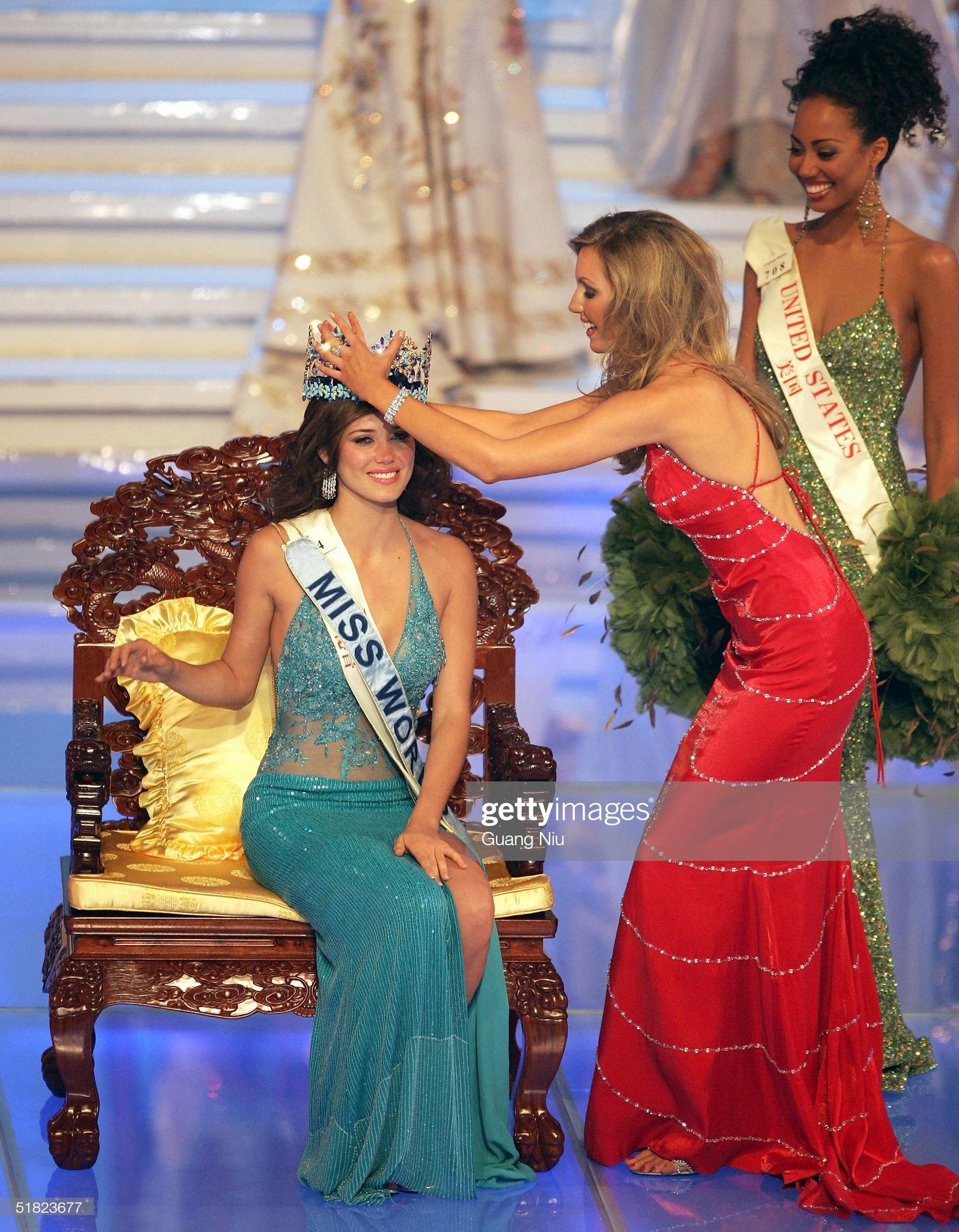 maria julia mantilla garcia (aka maju mantilla), miss world 2004. - Página 12 Miss-p17