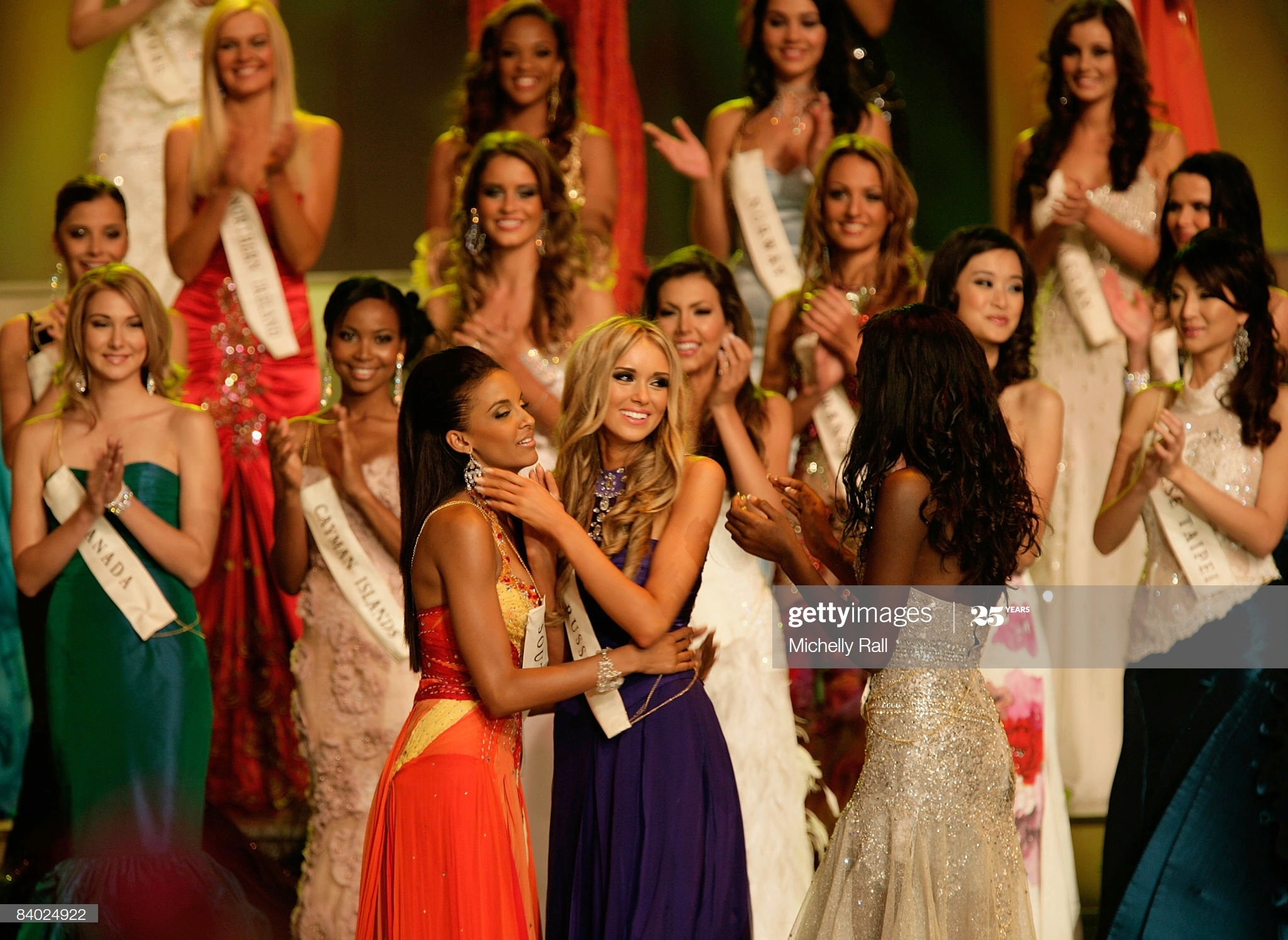 ksenia sukhinova, miss world 2008. - Página 7 Miss-r10