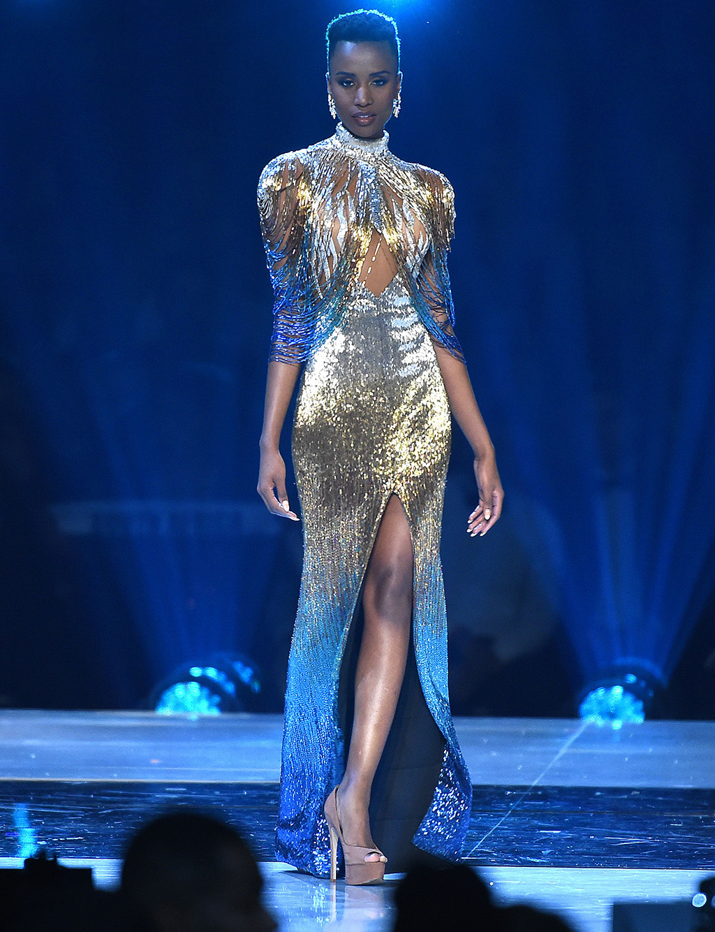 zozibini tunzi, miss universe 2019. - Página 6 Miss-s10