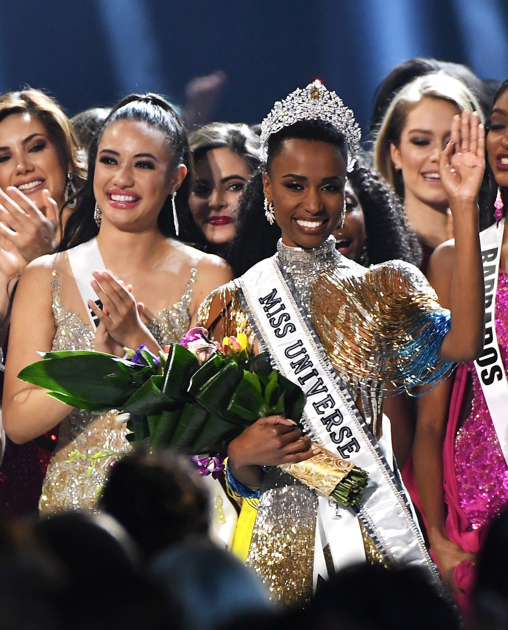 zozibini tunzi, miss universe 2019. - Página 2 Miss-u25