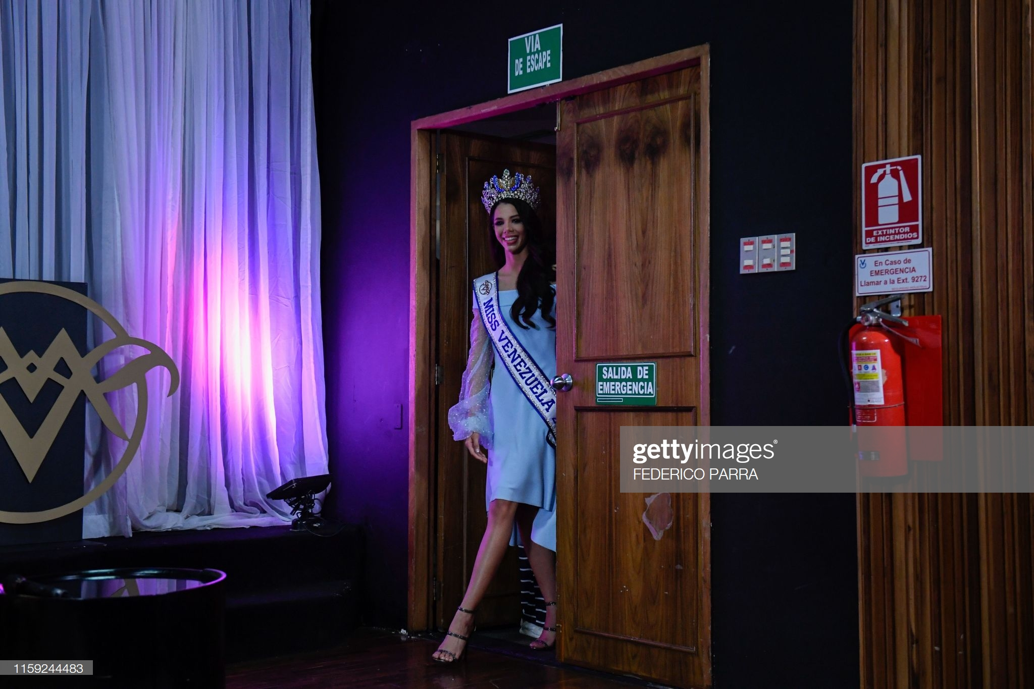 thalia olvino, top 20 de miss universe 2019. - Página 15 Miss-v14