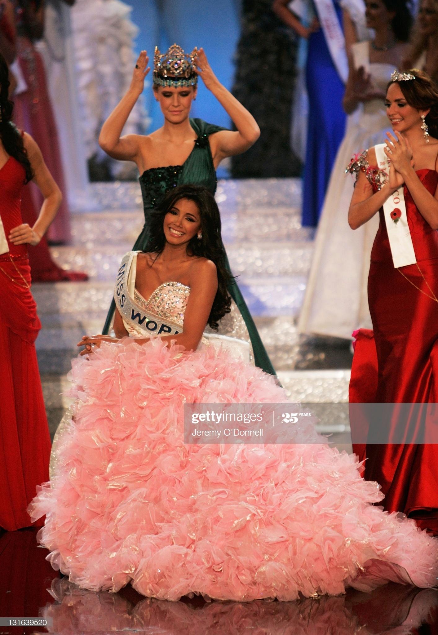 alexandria mills, miss world 2010. - Página 7 Miss-v18