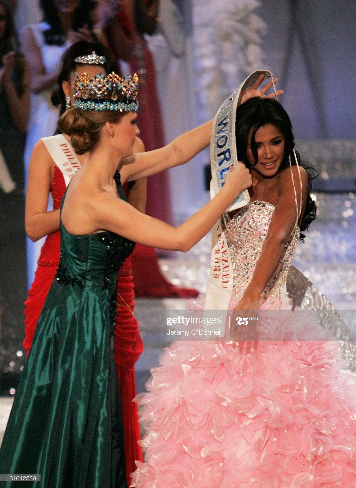 alexandria mills, miss world 2010. - Página 8 Miss-v21