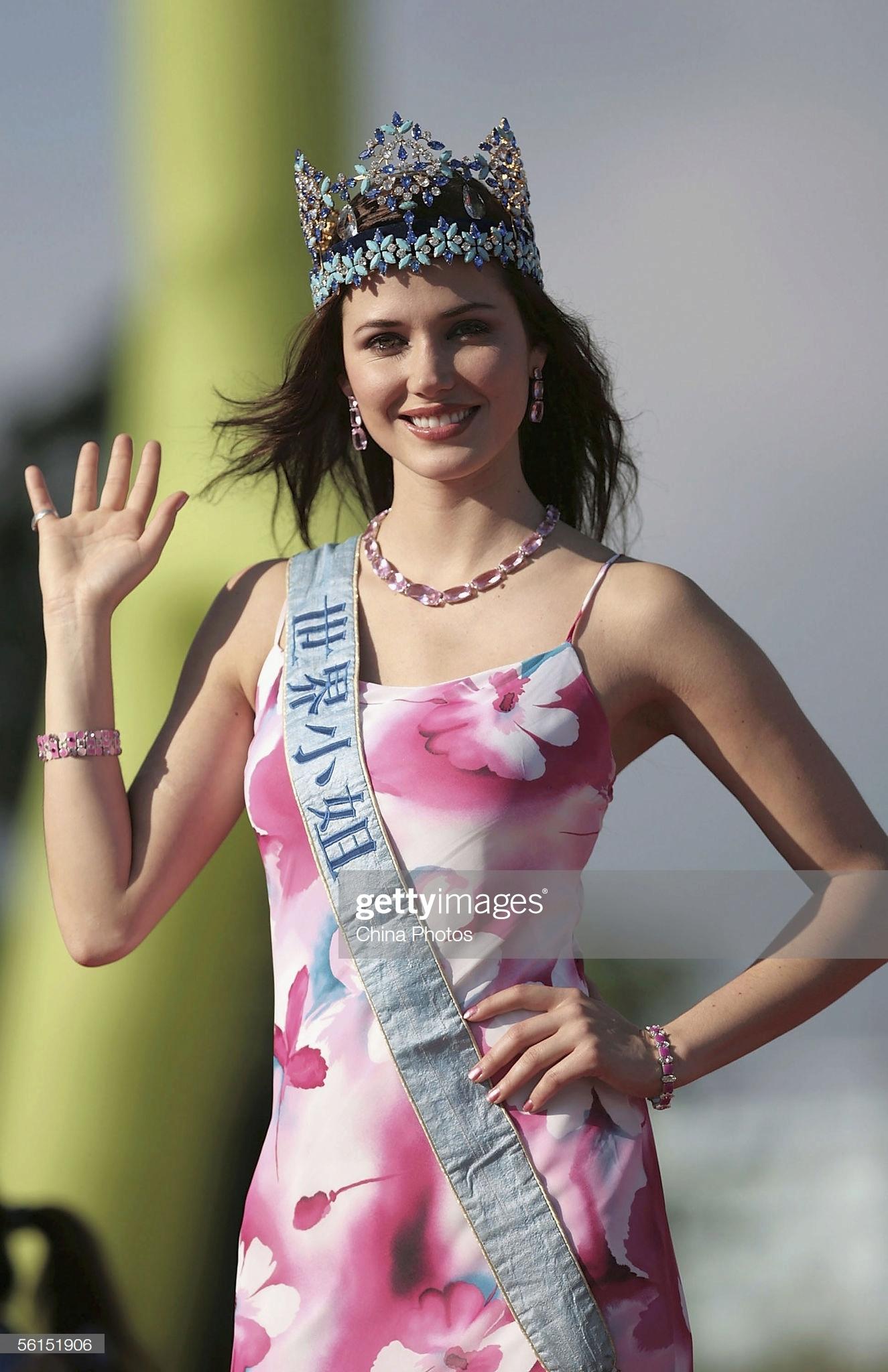 maria julia mantilla garcia (aka maju mantilla), miss world 2004. - Página 12 Miss-w11
