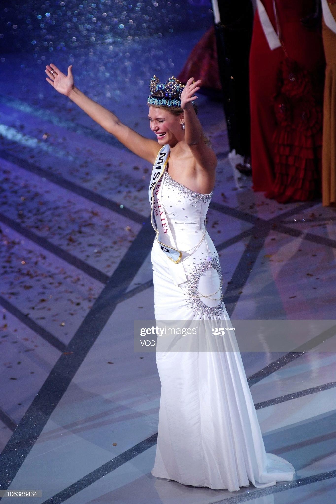 alexandria mills, miss world 2010. - Página 8 Miss-w57
