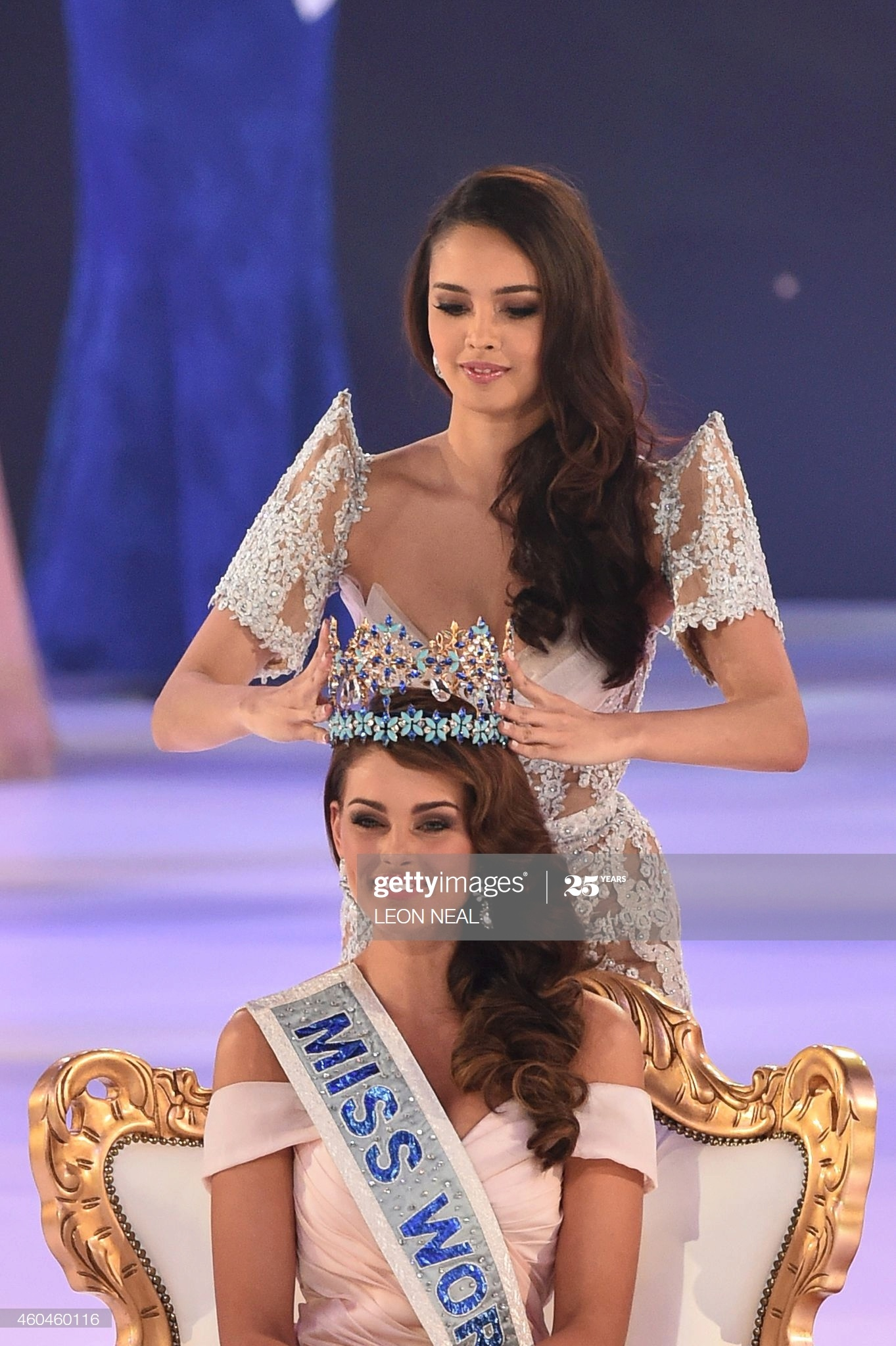 megan young, miss world 2013. - Página 21 Miss-w74