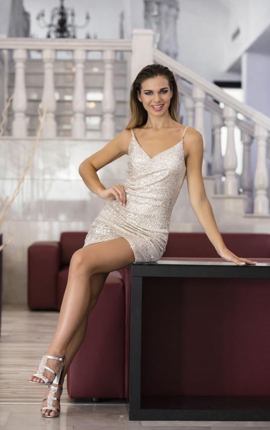 maria del mar aguilera, top 40 de miss world 2019. - Página 2 Miss6-10
