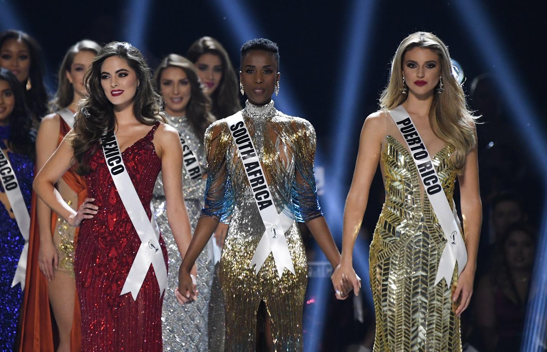 zozibini tunzi, miss universe 2019. - Página 2 Miss_u10