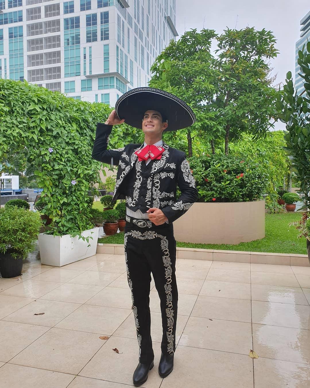 brian faugier, 2nd runner-up de mr world 2019. - Página 2 Missbe19