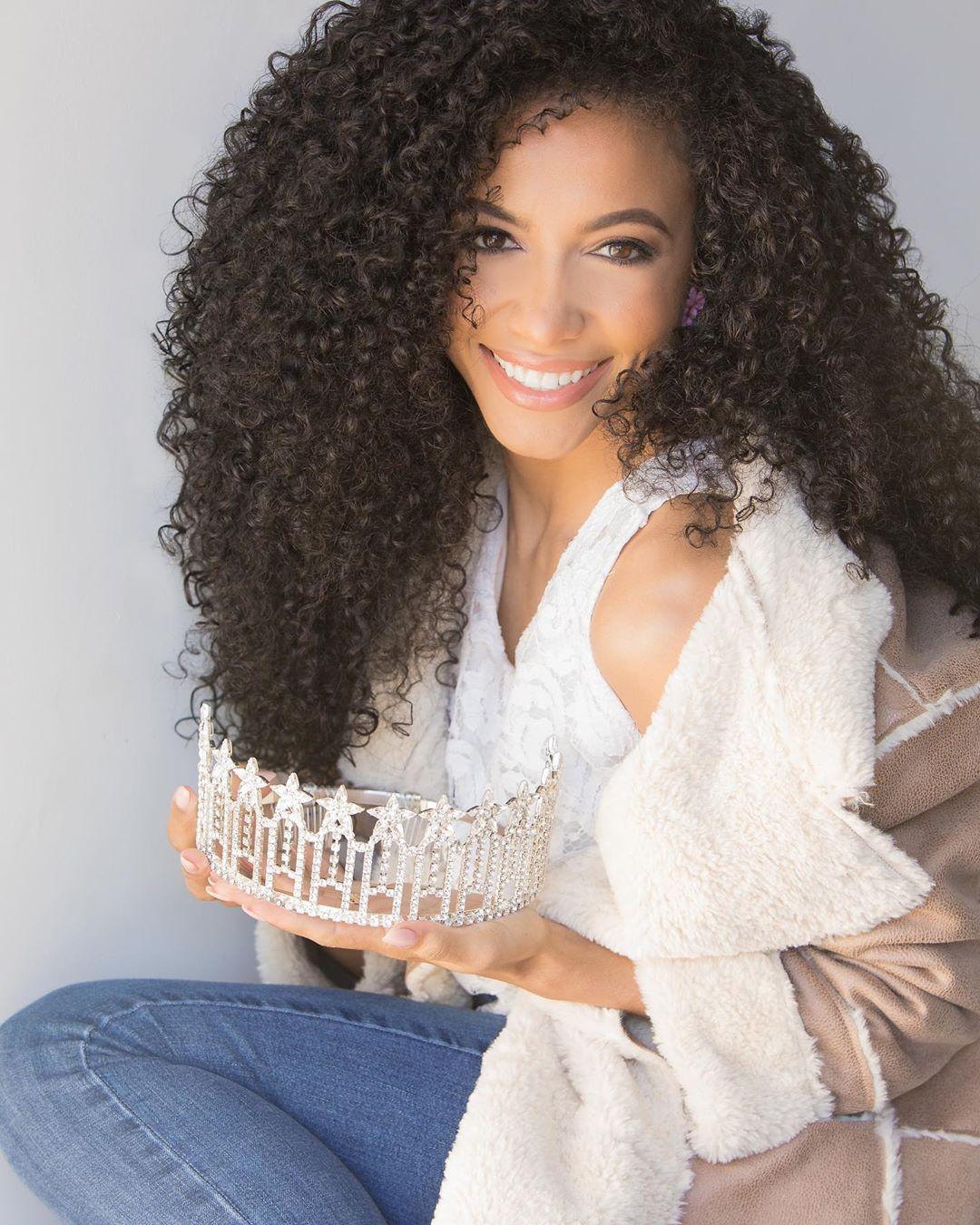 cheslie kryst, top 10 de miss universe 2019. - Página 2 Missnc10