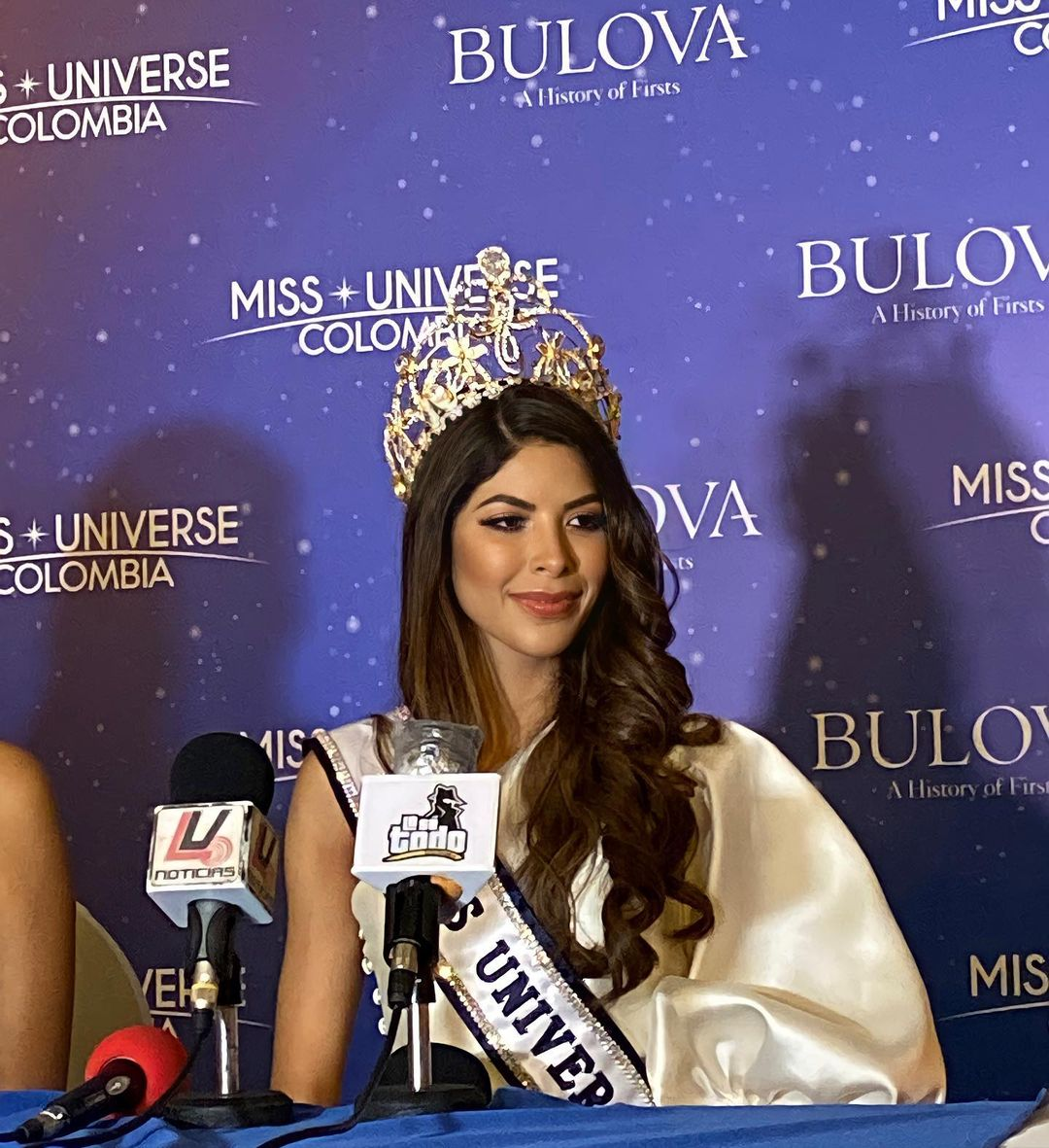 laura olascuaga, miss colombia universo 2020. - Página 5 Missol16