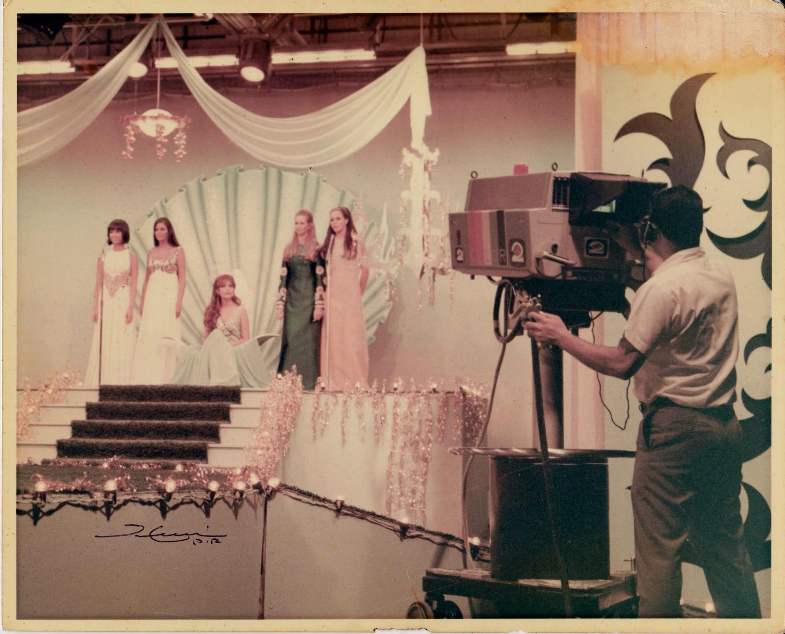 marisol malaret, miss universe 1970. - Página 3 Mvlral10