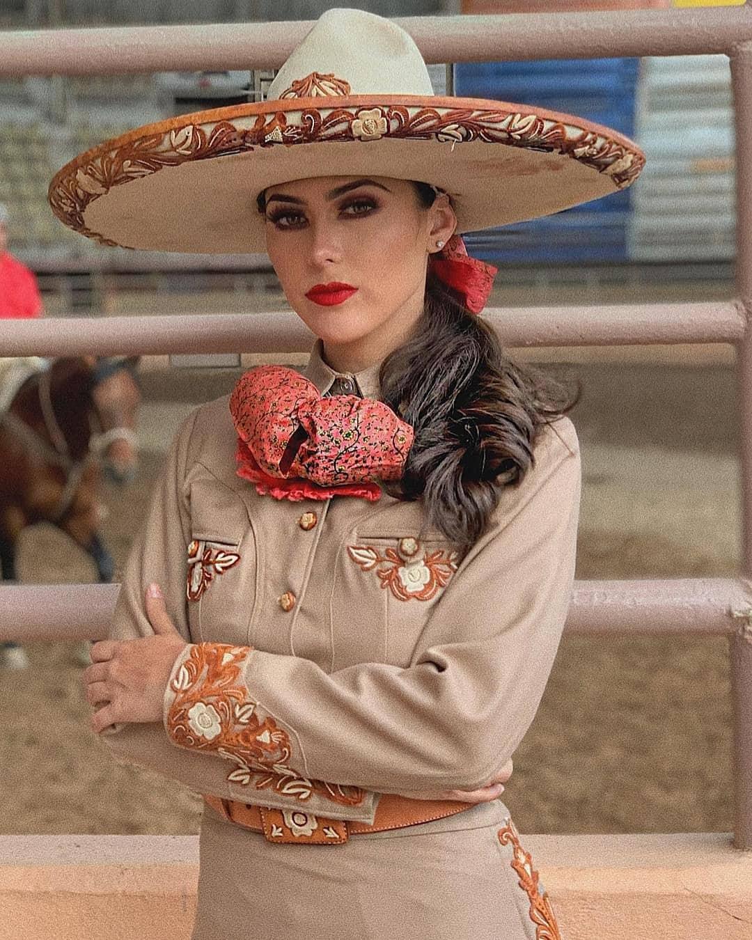 ana lucila linaje, mexicana universal coahuila 2020. - Página 3 Mxu_co11