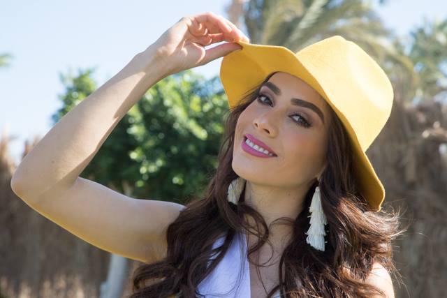 ivonne hernandez, semifinalista de top model of the world 2018. - Página 3 N6yi4s10