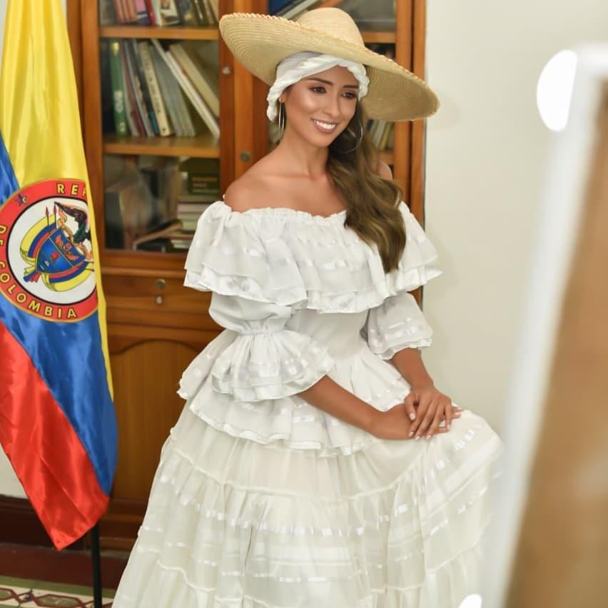 natalia romero, miss earth colombia 2020. - Página 2 Natyro19