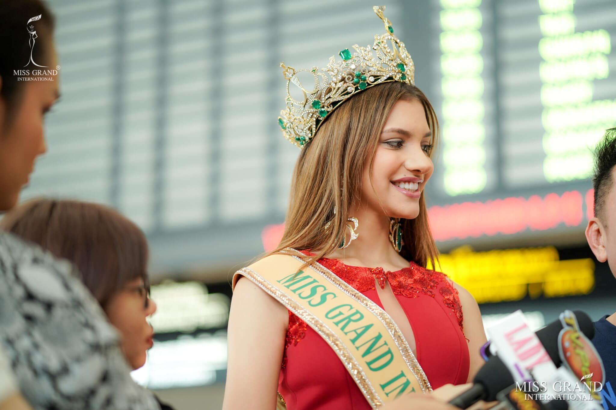 lourdes valentina figuera, miss grand international 2019. - Página 13 Pr8oc10