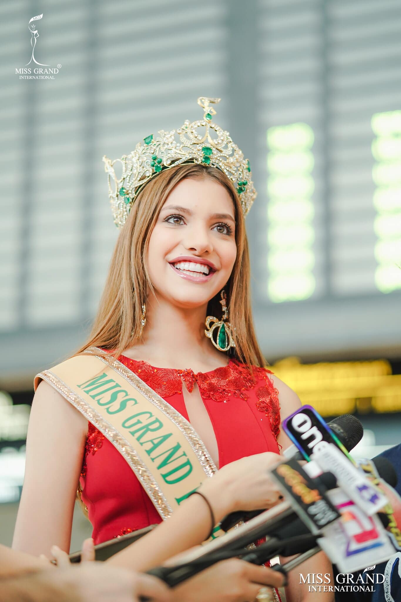 lourdes valentina figuera, miss grand international 2019. - Página 13 Prbnl10