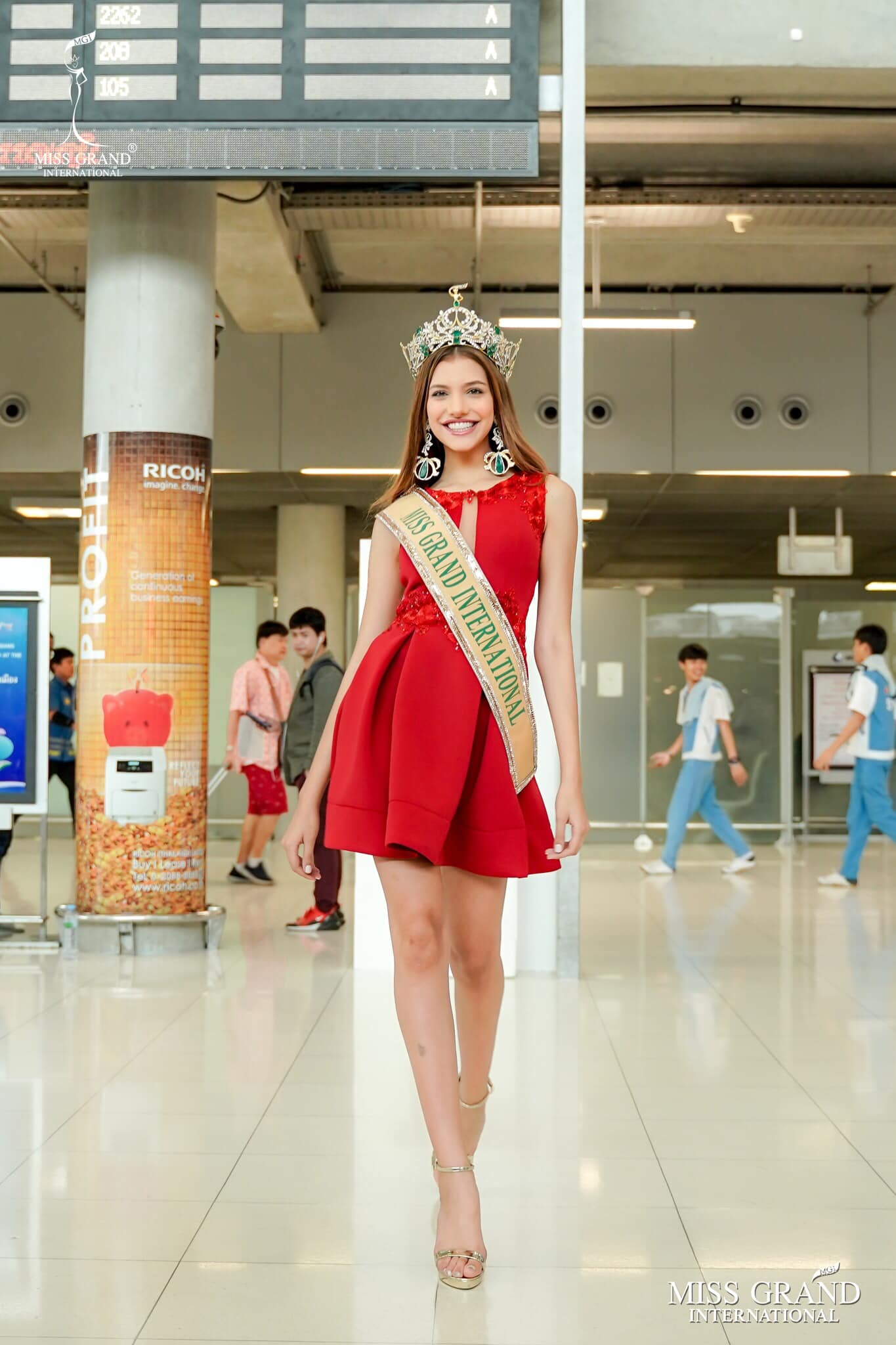 lourdes valentina figuera, miss grand international 2019. - Página 13 Prk7110