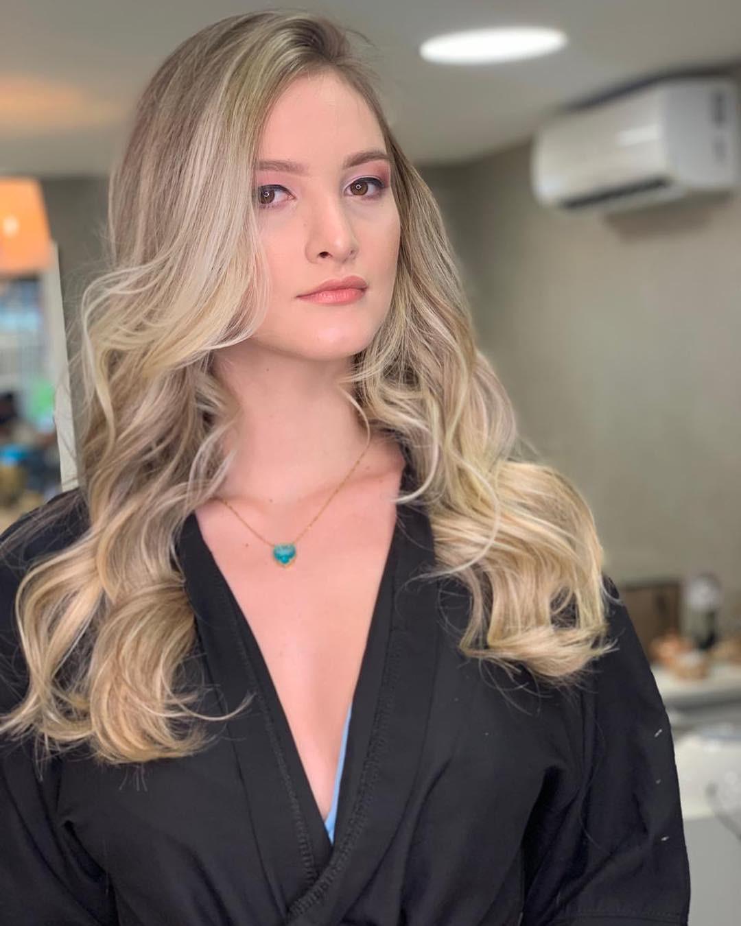 larissa neiverth, top 20 de miss brasil mundo 2019. - Página 3 Qggajt10