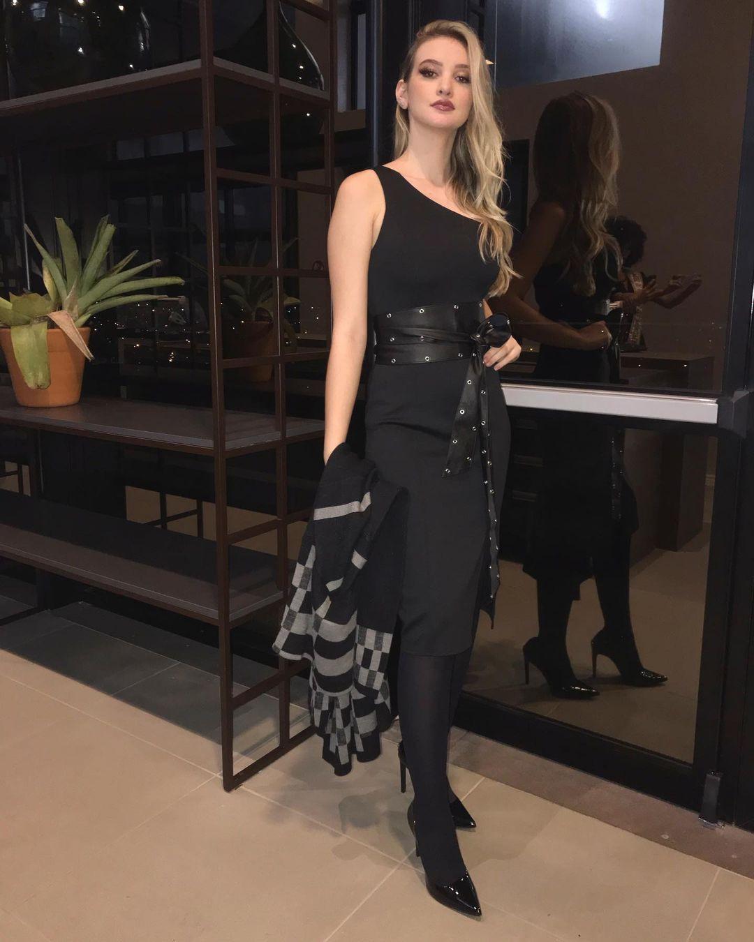 larissa neiverth, top 20 de miss brasil mundo 2019. - Página 4 Qggqbr10