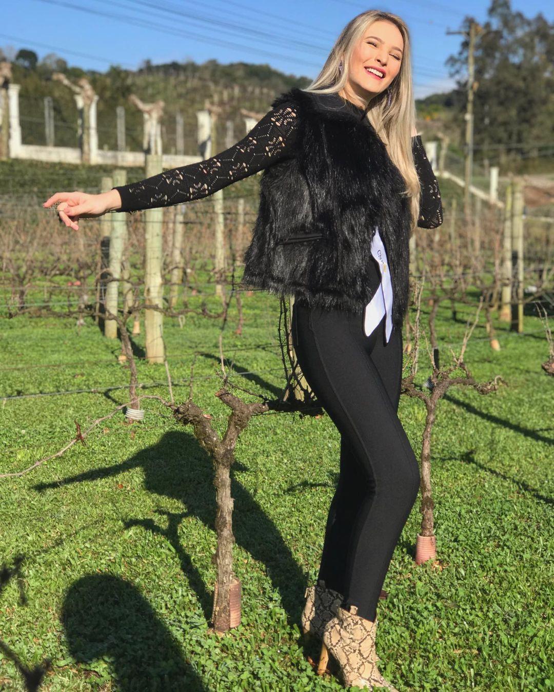 larissa neiverth, top 20 de miss brasil mundo 2019. - Página 7 Qgvifr10