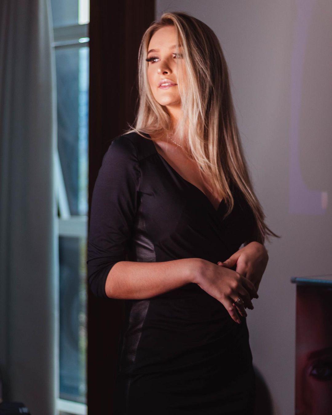 larissa neiverth, top 20 de miss brasil mundo 2019. - Página 3 Qket5p10