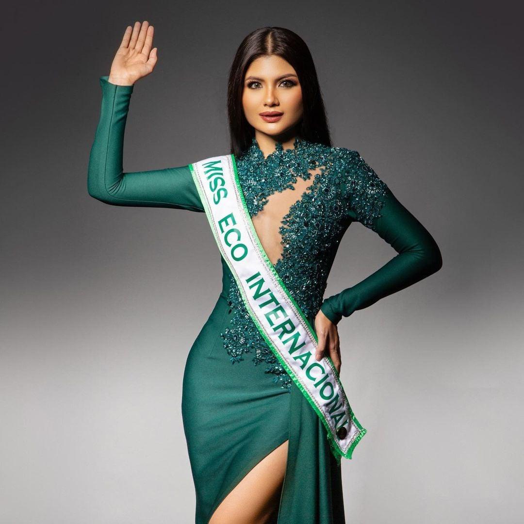 amy tinie aziz, miss eco international 2019 (suplente).  - Página 2 Ql3f5b10