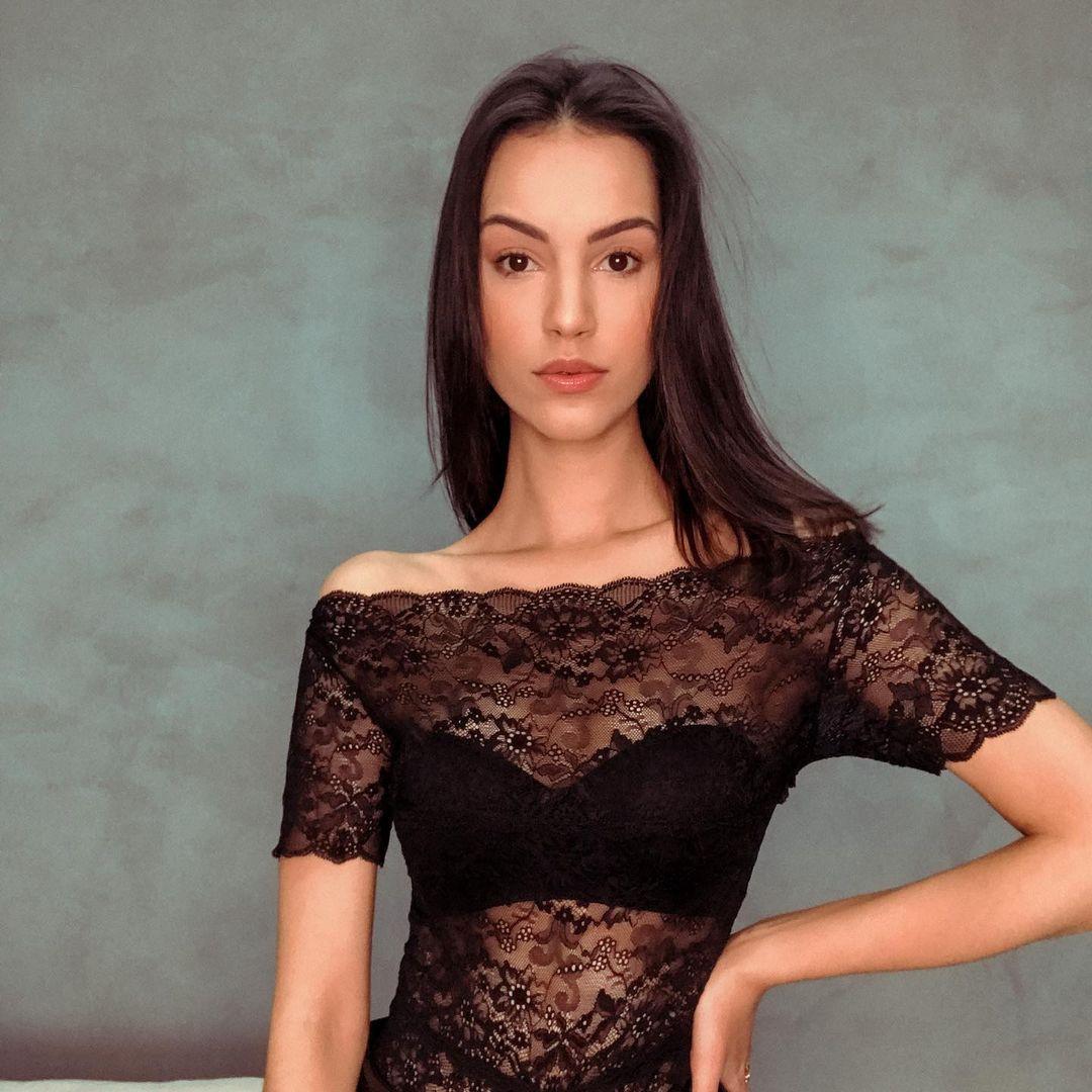 rafaella felipe, top 20 de miss brasil mundo 2019. - Página 3 Qtdasi10