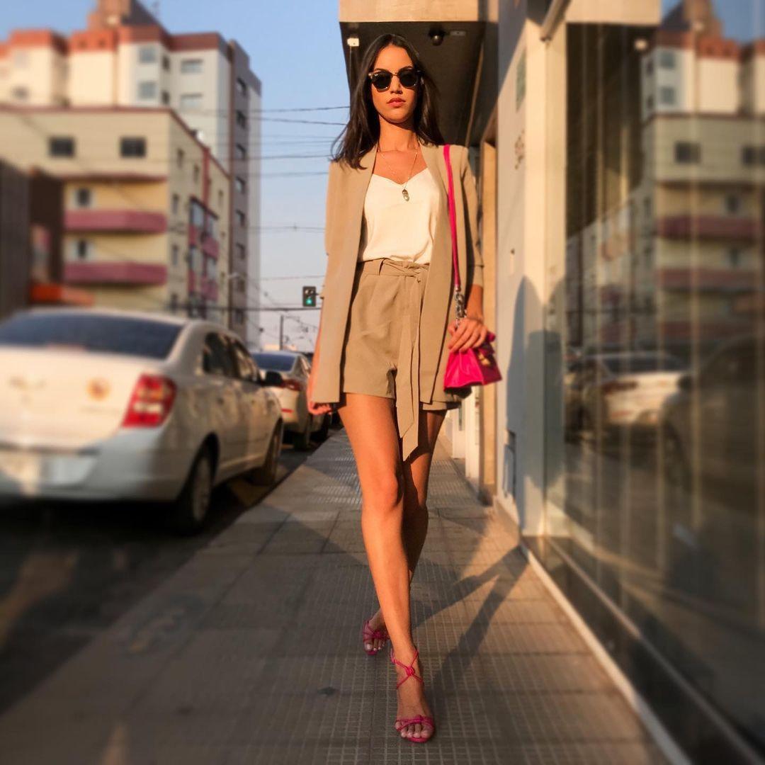 rafaella felipe, top 20 de miss brasil mundo 2019. - Página 3 Qtdxaf10