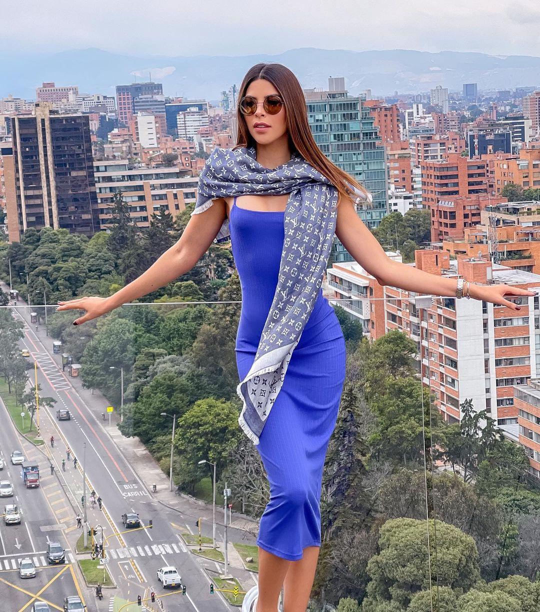 laura olascuaga, miss colombia universo 2020. - Página 12 Qviy2n10