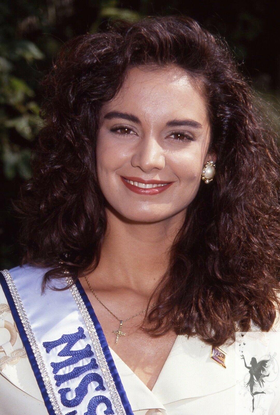 lupita jones, miss universe 1991. - Página 3 S-l16010
