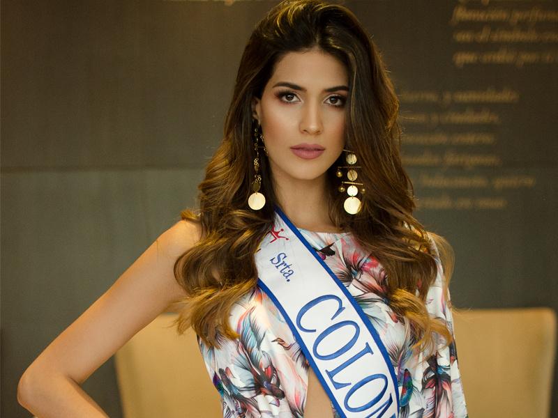 gabriela tafur, top 5 de miss universe 2019. - Página 5 Srtaco10