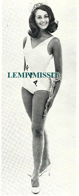 sylvia hitchcock, miss universe 1967. † - Página 2 Sylvia11