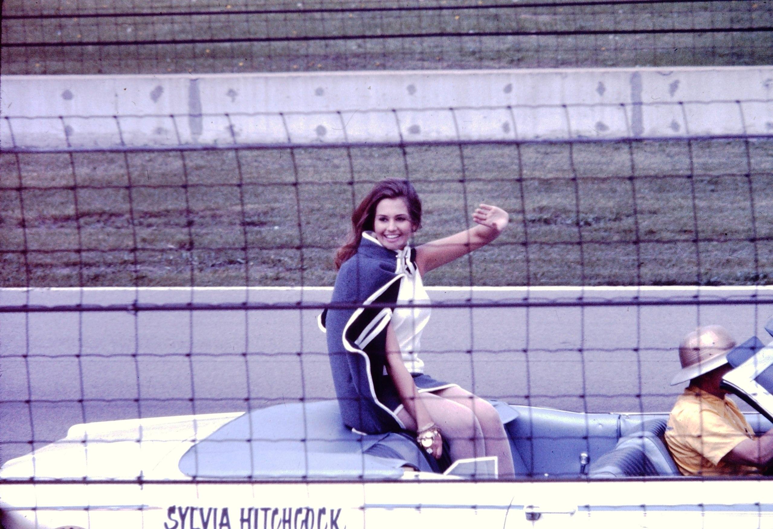 sylvia hitchcock, miss universe 1967. † - Página 3 Sylvia13