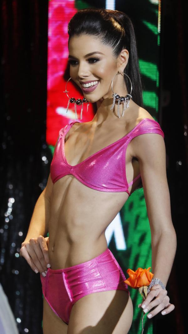 thalia olvino, top 20 de miss universe 2019. Thalia11