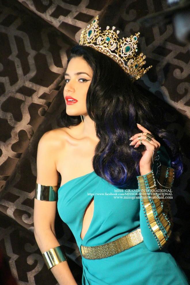 janelee chaparro, miss grand international 2013. - Página 5 Tinnga14