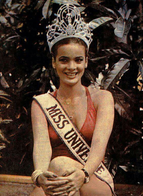 maritza sayalero, miss universe 1979. - Página 2 Uhaxtv10