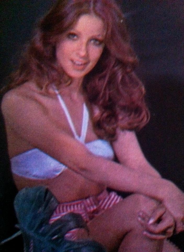 amparo munoz, miss universe 1974. † - Página 5 Uicwsd10