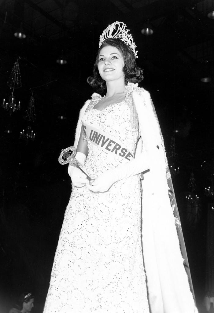 ieda maria vargas, miss universe 1963. - Página 2 Uni19611