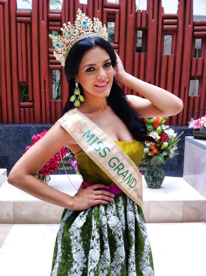 janelee chaparro, miss grand international 2013. Univer11