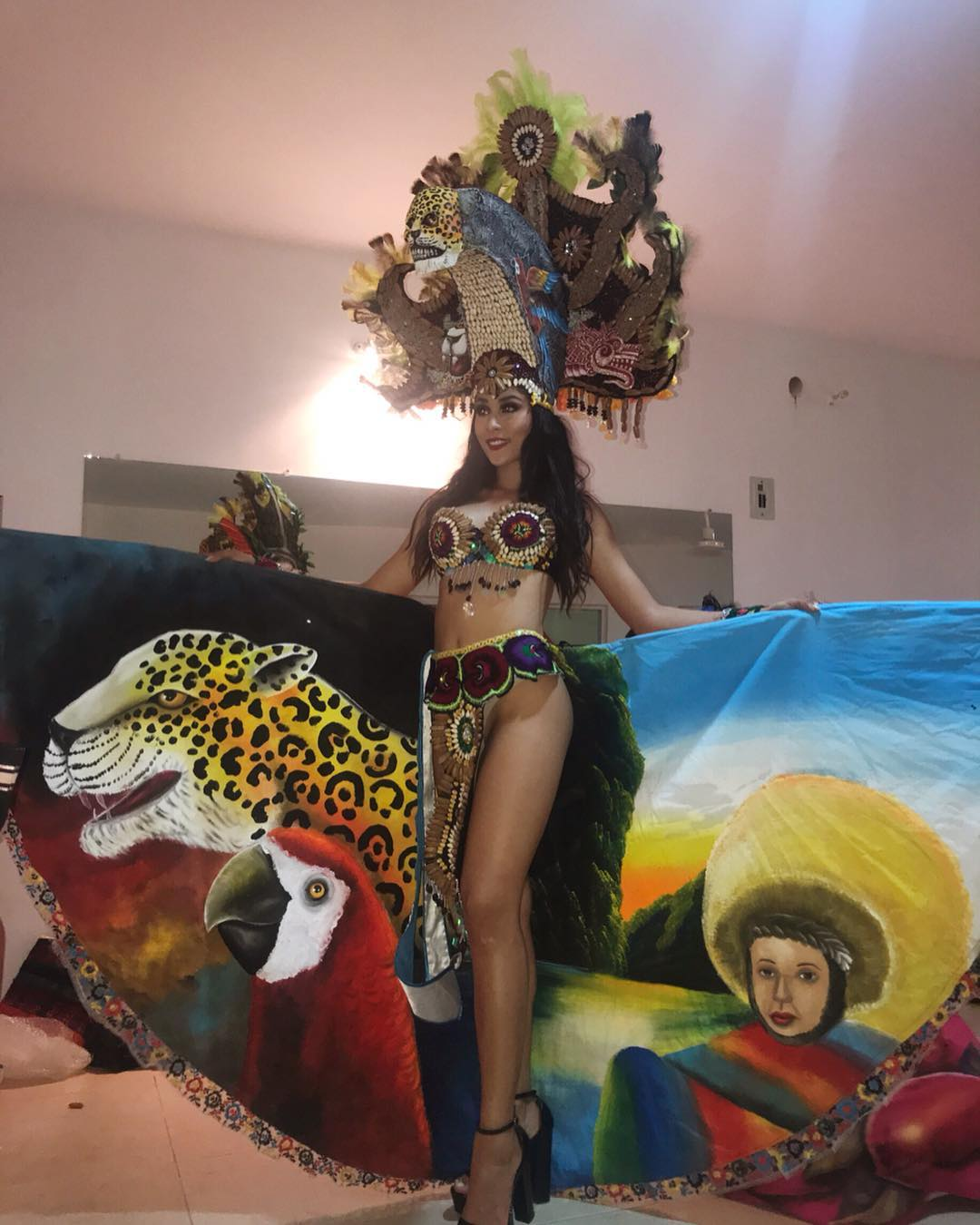 ivanna lobato barradas, top 20 de miss intercontinental 2018-2019. W9bizw10