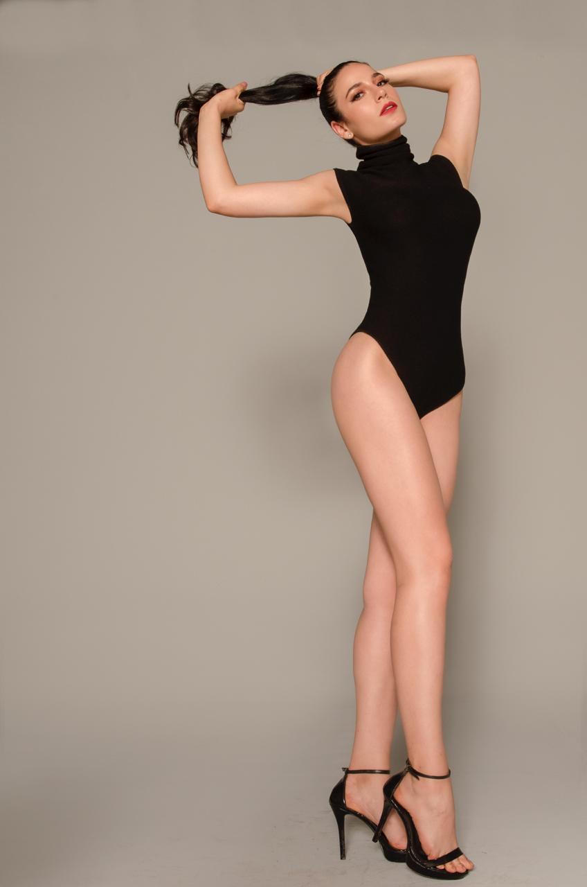 julia gama, miss brasil universo 2020/top 11 de miss world 2014. part I. - Página 4 Whatsa24