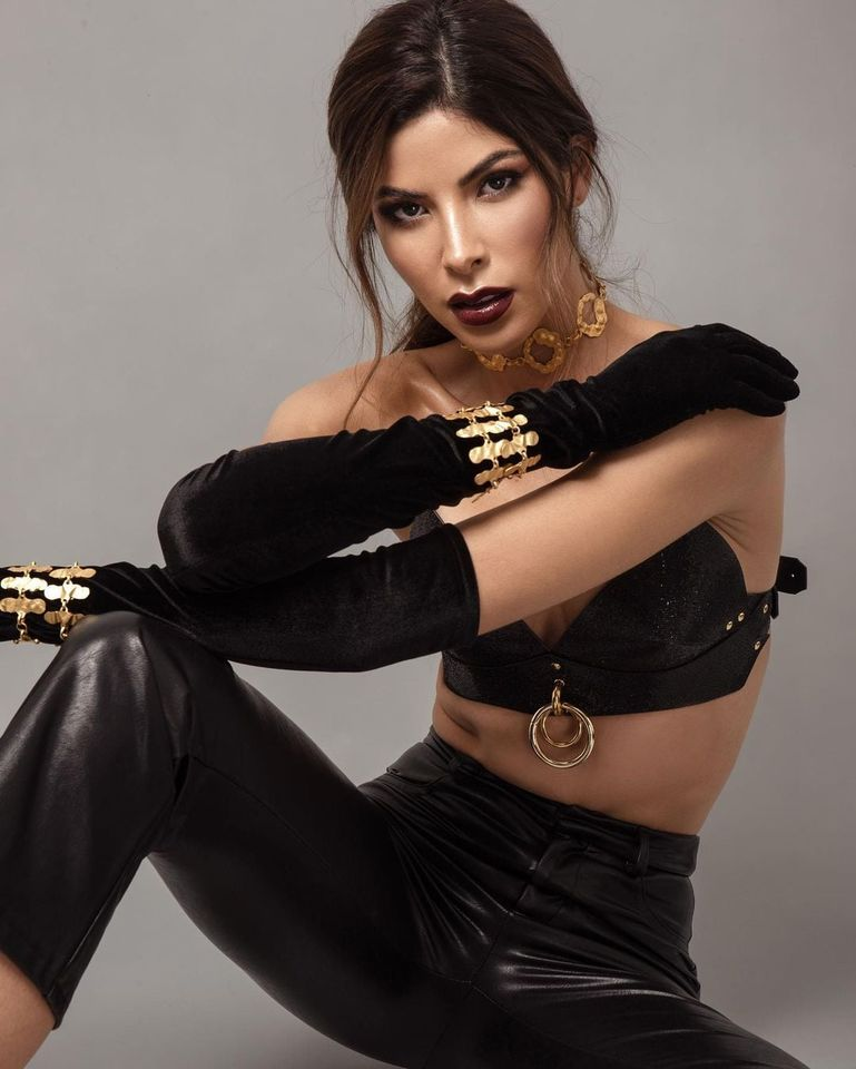 laura olascuaga, miss colombia universo 2020. - Página 8 Wphst10