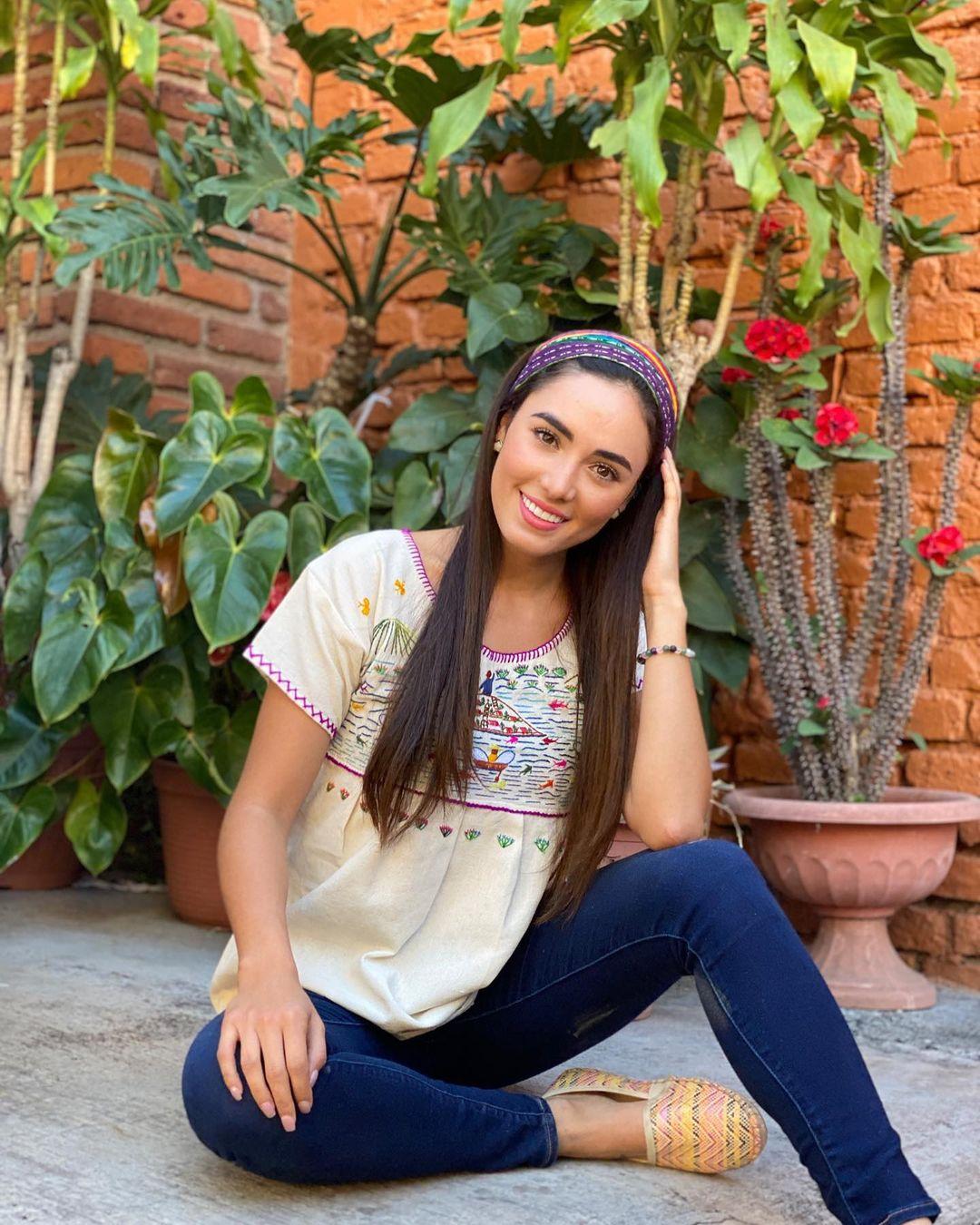 karolina vidales, candidata a miss mexico 2021, representando michoacan. - Página 10 Wuzwv10