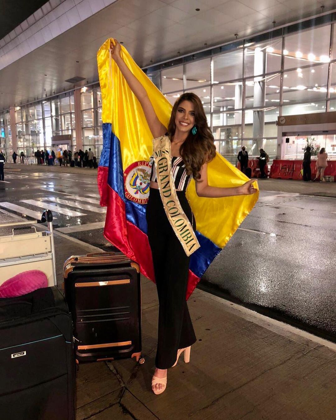 natalia manrique, miss grand colombia 2020. - Página 3 Yo0yh10