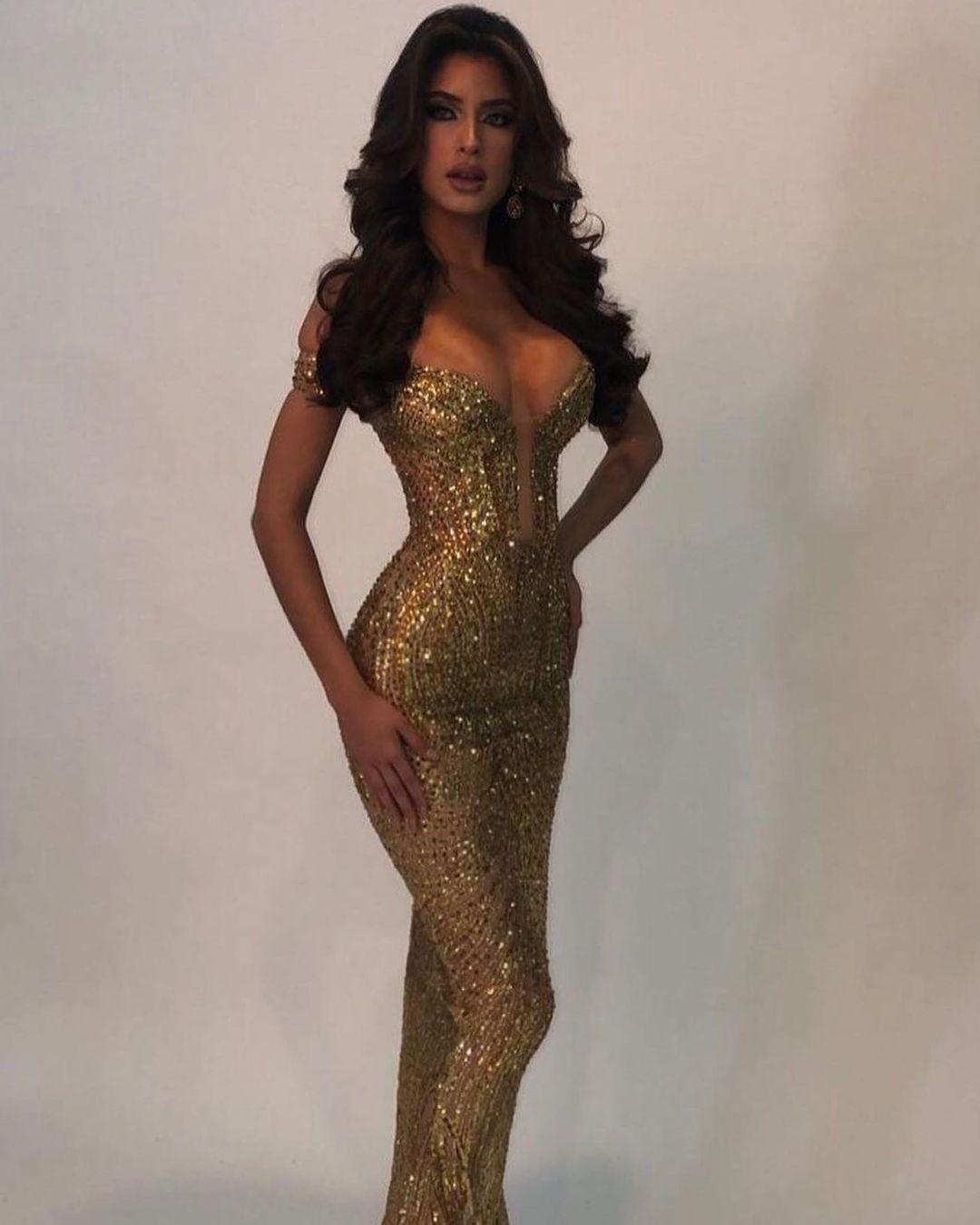 angela leon yuriar, top 21 de miss grand international 2020. - Página 11 Yov4q10