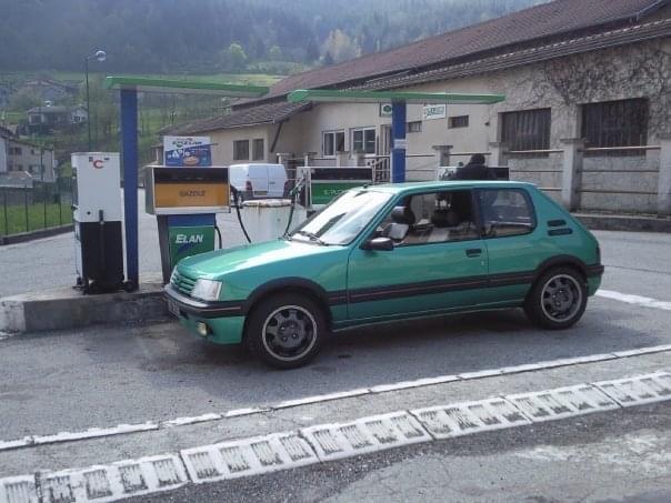 [58] 205 GTi Griffe - 130cv - AM91 - Vert Fluorite 96f79810