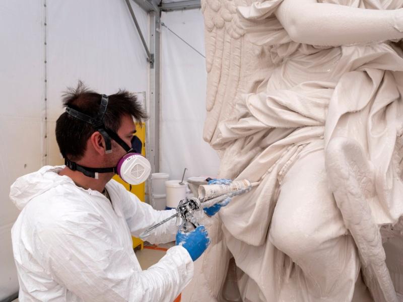 Visite à l'atelier de restauration des sculptures du C2RMF - Page 2 10302810